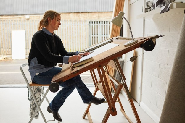 Lindsey Lang tiles design